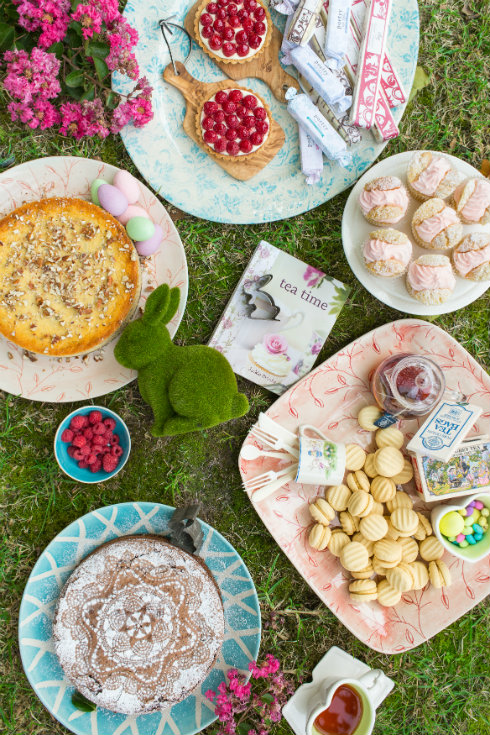 An Easter garden tea party fit for a king (photography by Tasha Seccombe)