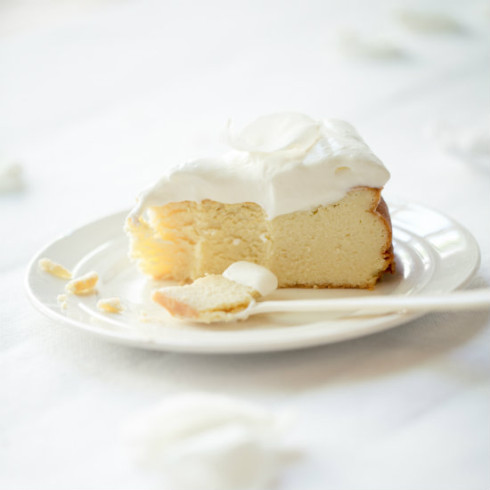 Crustless ricotta cheesecake (photography by Tasha Seccombe)