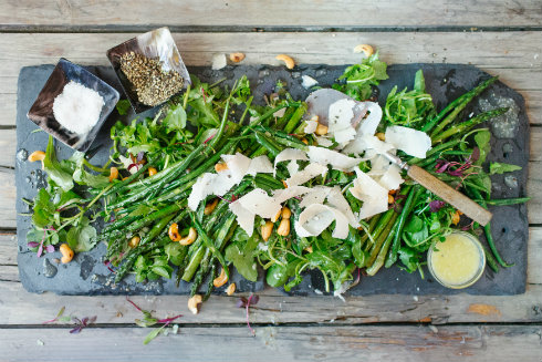 Grilled asparagus salad with cashew nuts, parmesan & green beans (photography by Tasha Seccombe)