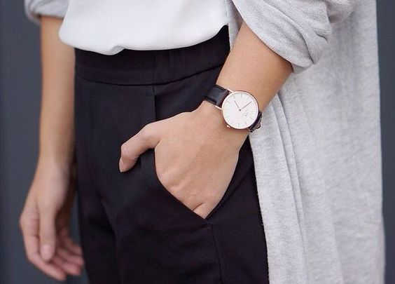 Wearing your DW with style. Image from www.danielwellington.com.
