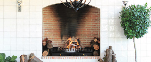The fireplace at the Werf Restaurant, Boschendal (image from www.boschendal.co.za)